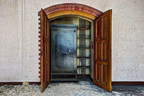 safe-in-closet